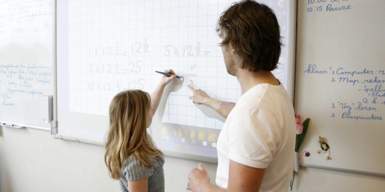 Leerlingen krijgen niet dezelfde kansen door gebrekkige ICT-kennis leraren